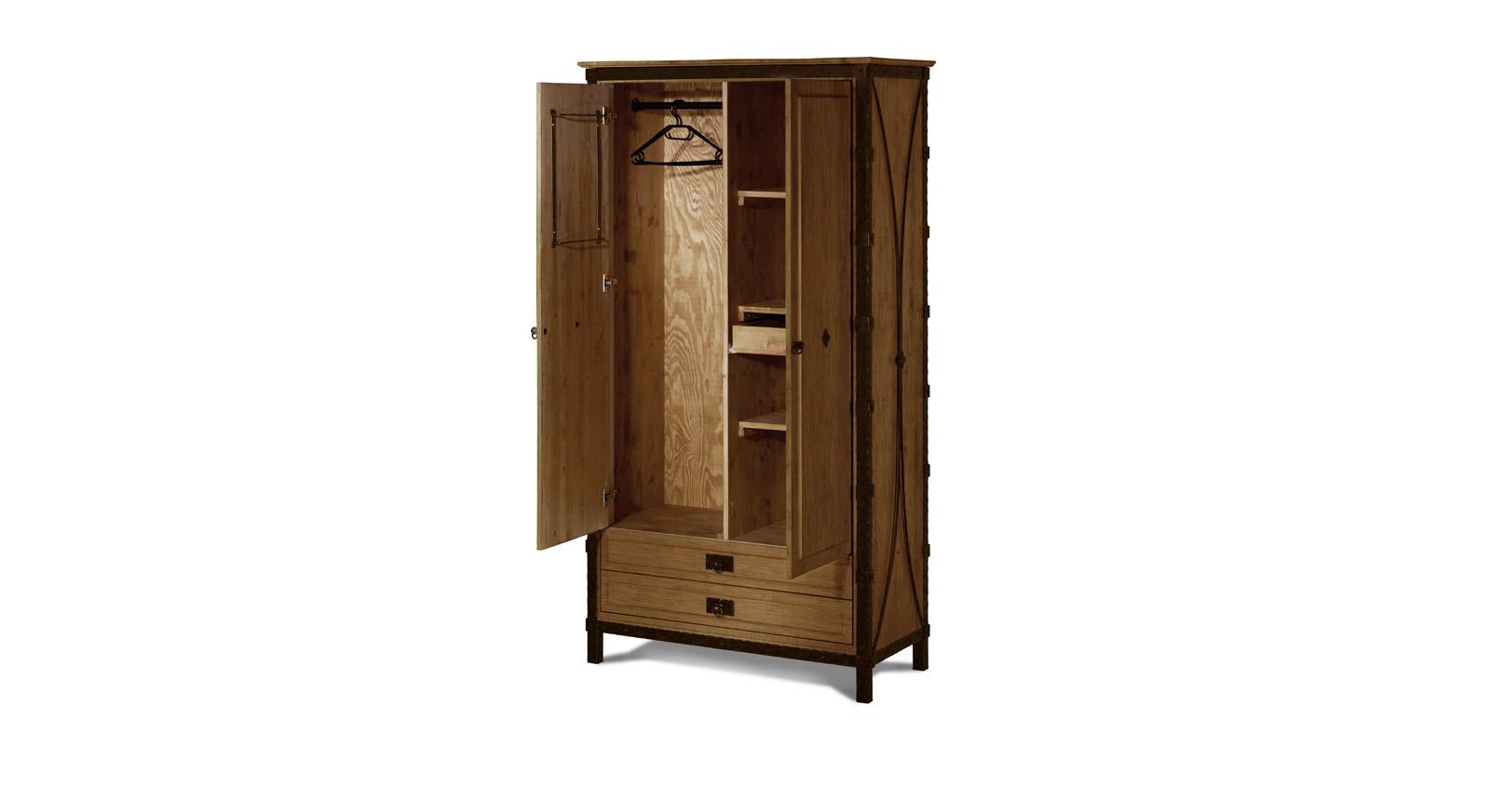 Kleiderschrank Sinja - Innenaufteilung mit Einlegeboden und Kleiderstange