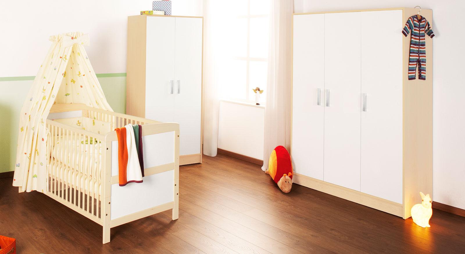 g nstiger kinder kleiderschrank in zwei gr en florian. Black Bedroom Furniture Sets. Home Design Ideas