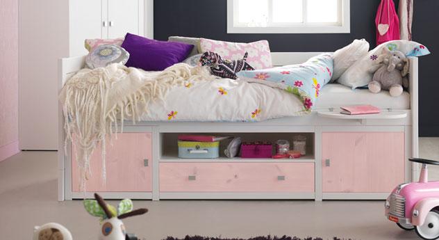 Hochwertiges Kojenbett mit Stauram für Mädchen in rosa.