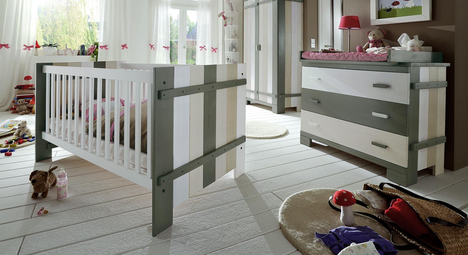 Babyzimmer komplett günstig  Hochwertiges Babyzimmer Laubhütte aus Kiefer-Massivholz