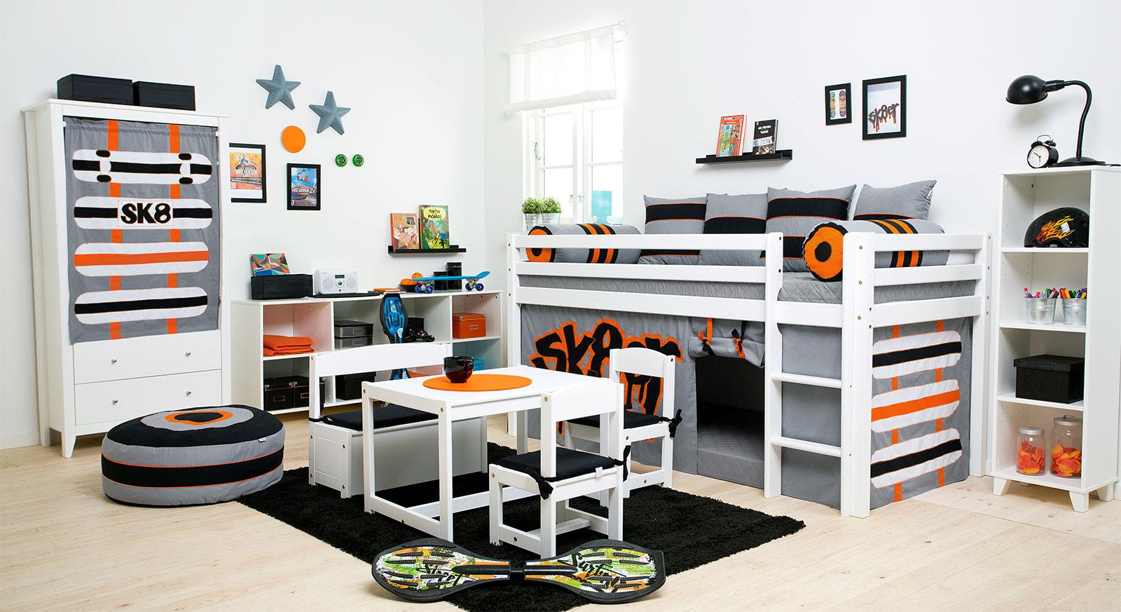 Komplett-Kinderzimmer Skater aus weiß lackierter Kiefer