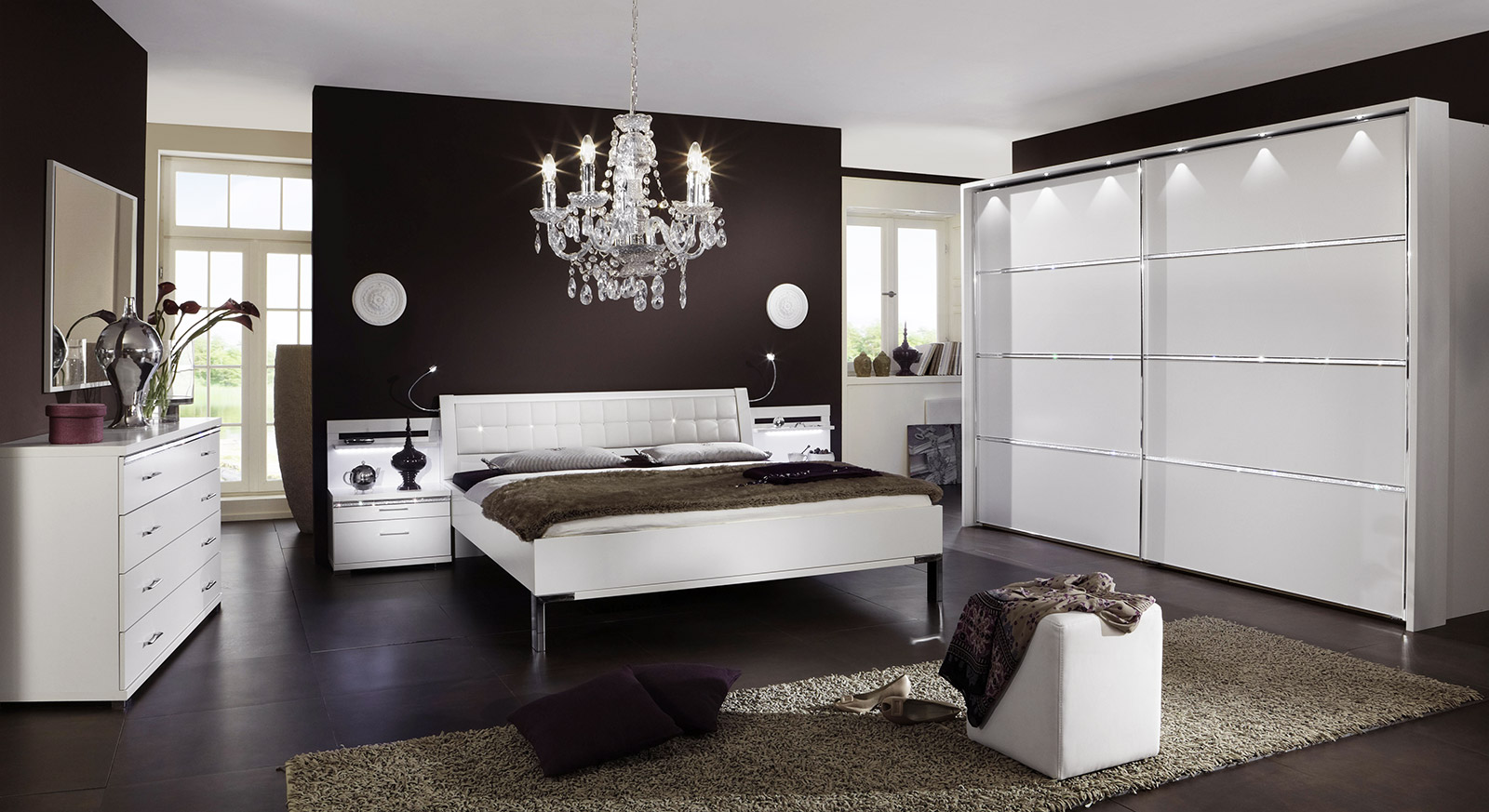 komplett schlafzimmer wei mit strasssteinen huddersfield. Black Bedroom Furniture Sets. Home Design Ideas