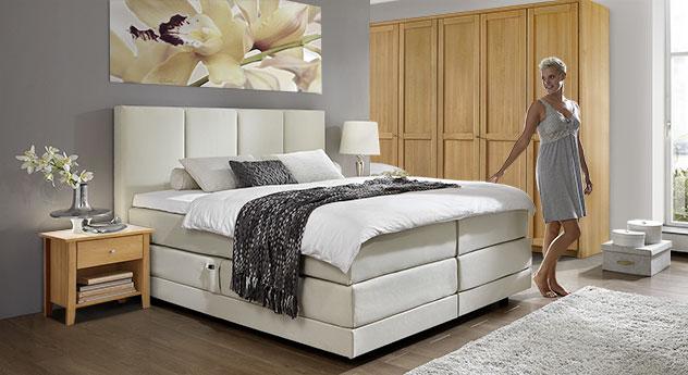 schlafzimmer unter dachschr ge. Black Bedroom Furniture Sets. Home Design Ideas