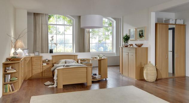 Gemütliches Komplett-Schlafzimmer Dabola in kirschfarbenem Holzdekor