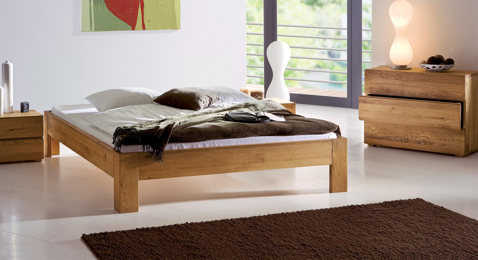Stilvolle Liege Bayamo aus Eiche naturfarben mit passenden Produkten