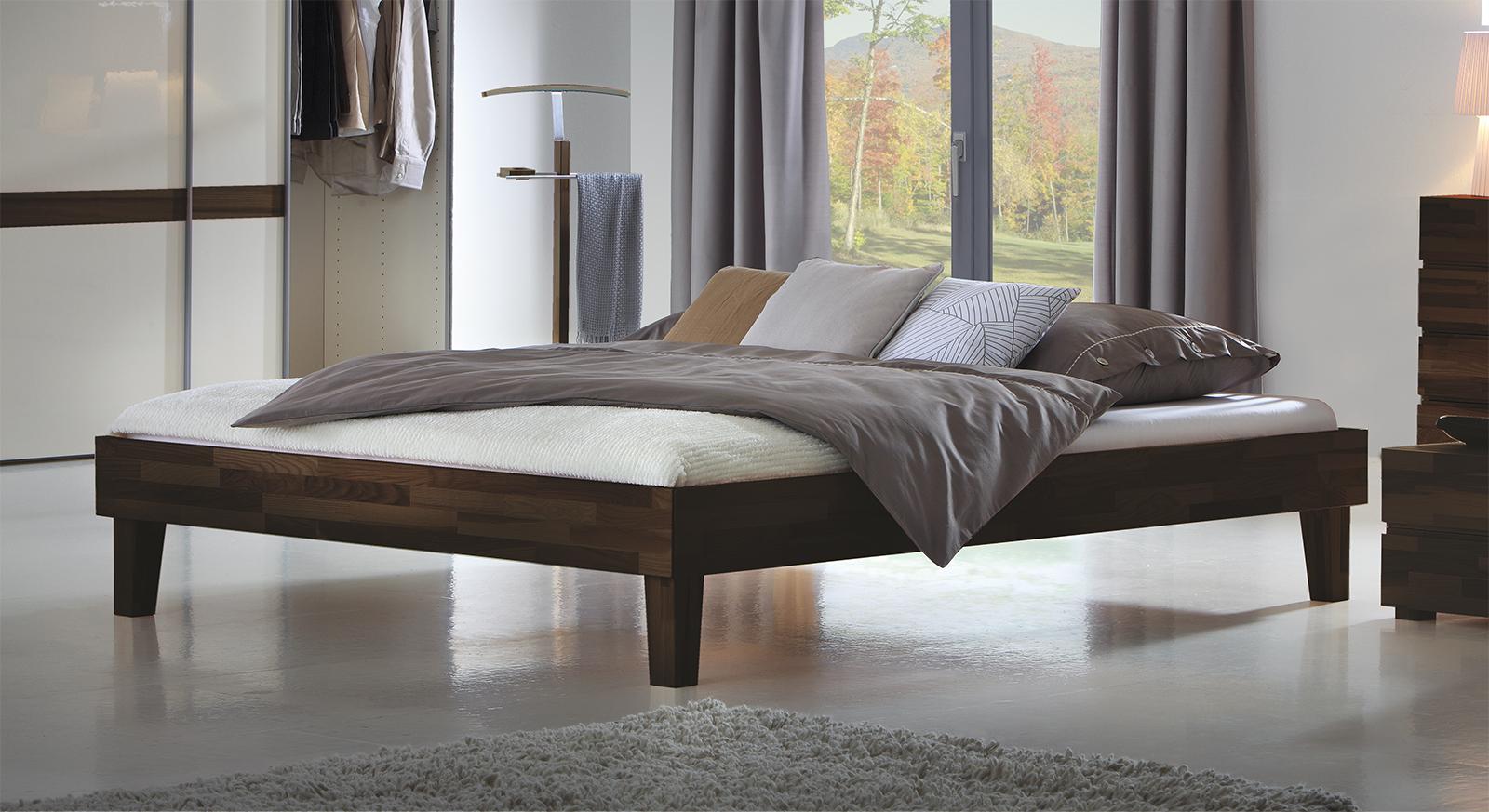 elegantes massivholzbett in gr en wie 140x200 laredo. Black Bedroom Furniture Sets. Home Design Ideas