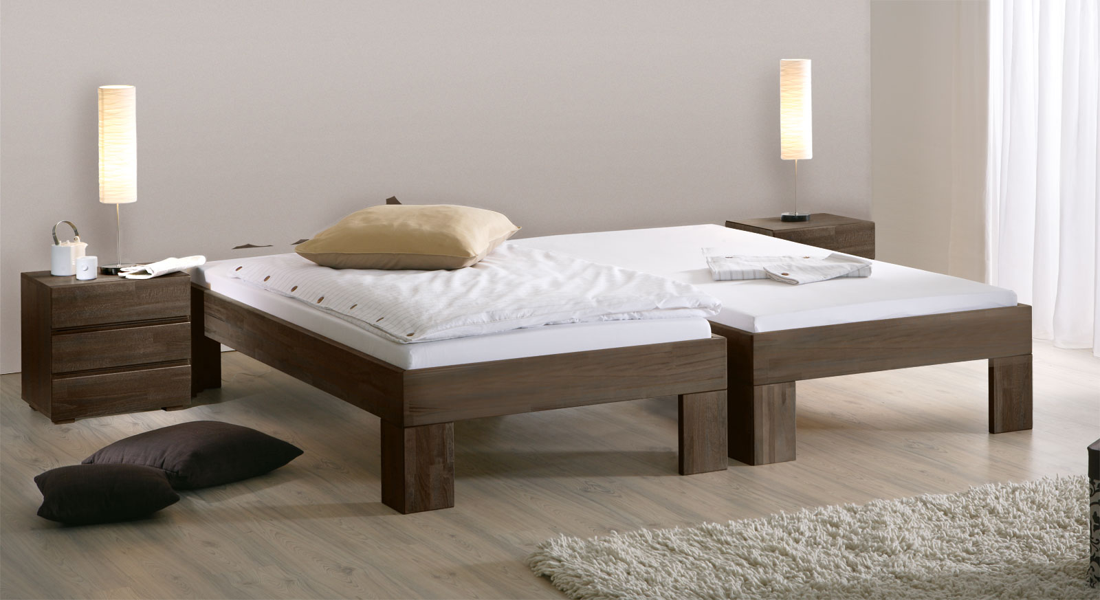 Liege Lucca Komfort in wengefarben mit stabiler Holzkonstruktion