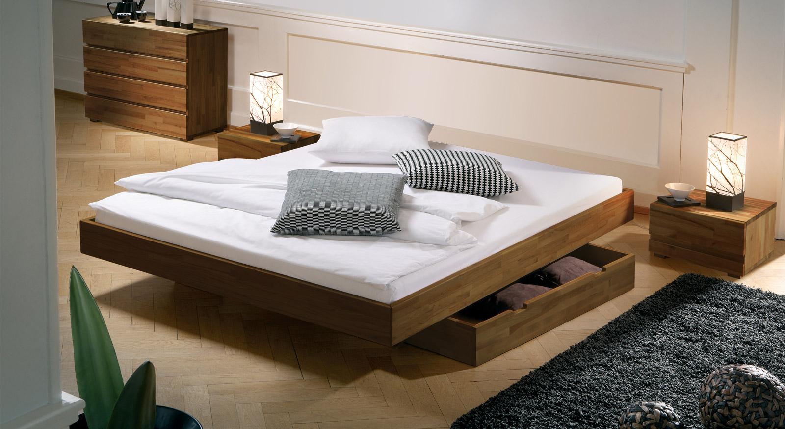 bett mit schweberahmen in nussbaumoptik liege rimini. Black Bedroom Furniture Sets. Home Design Ideas