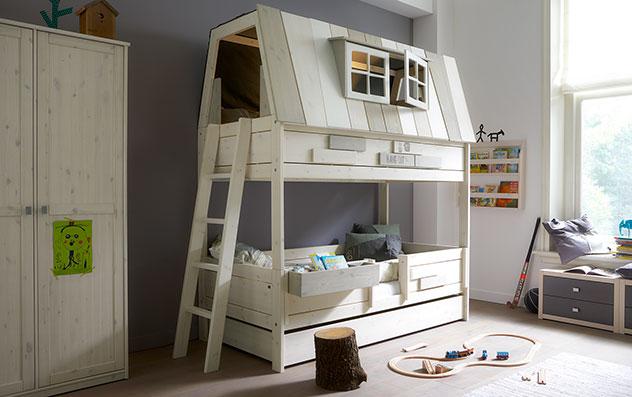 Lifetime Abenteuer und Etagenbett Villa mit äußerer Leiter und Schlafplatz oben