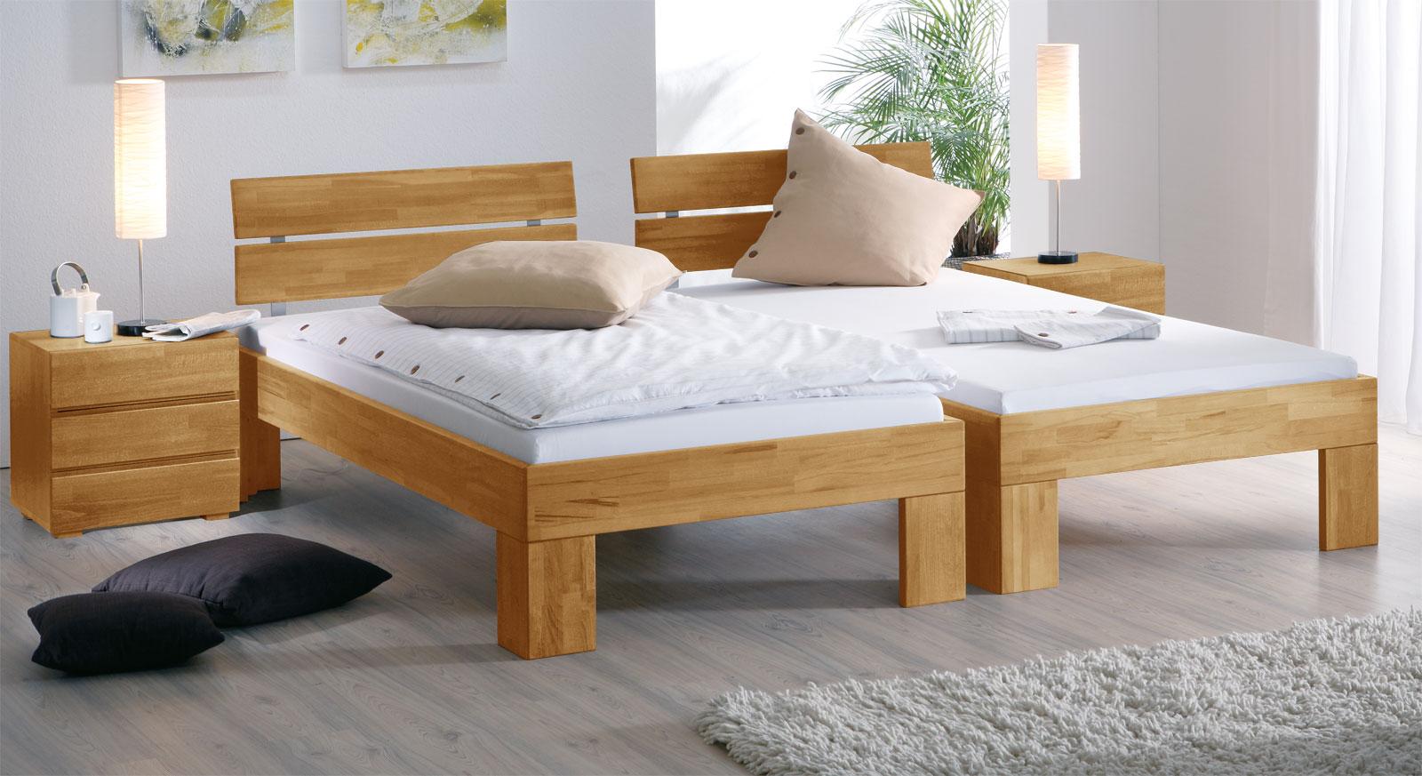 Natürliches Feeling mit naturfarbenem Massivholzbett aus Buche