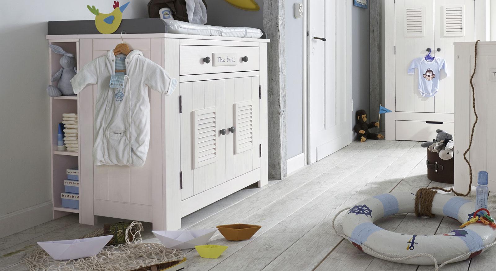 wei e wickelkommode aus massivholz in modernem design coastline. Black Bedroom Furniture Sets. Home Design Ideas