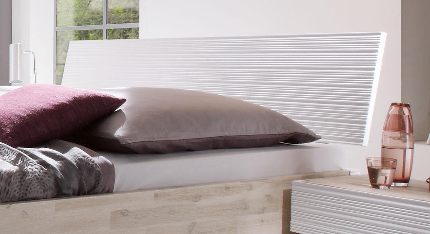 Bett Padua Kopfteil mit Profilierung bequem
