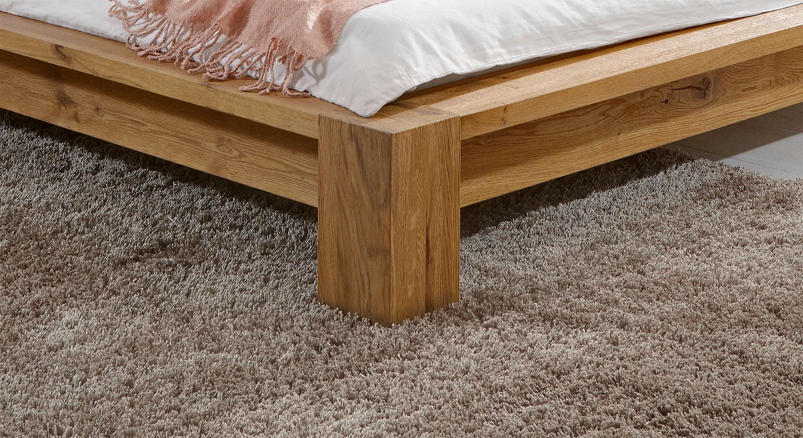 bett eiche massiv 180x200 affordable bett eiche massiv 180x200 with bett eiche massiv 180x200. Black Bedroom Furniture Sets. Home Design Ideas