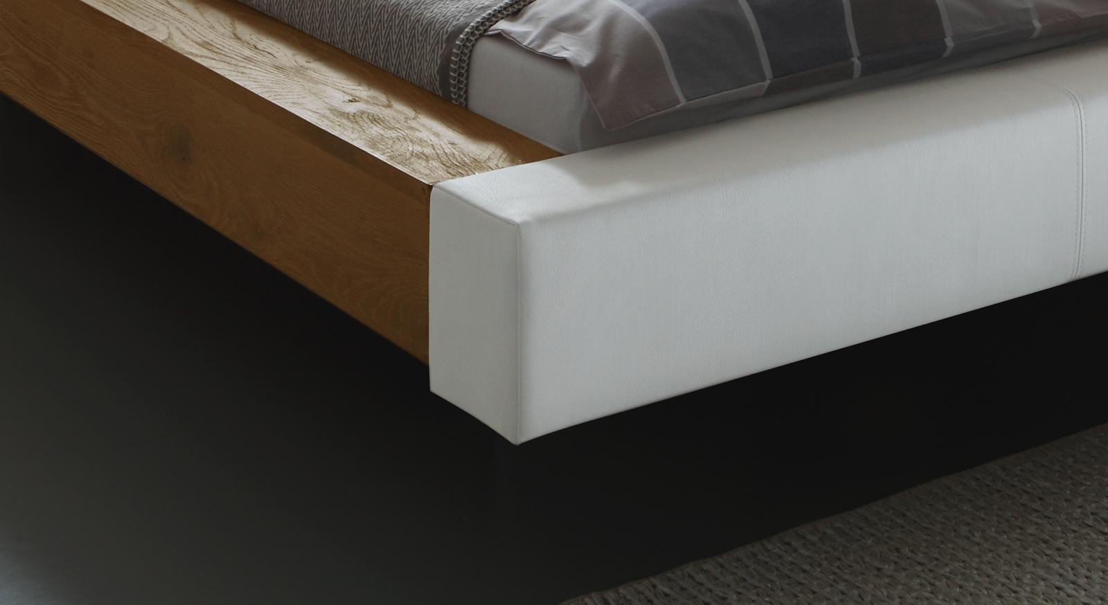 Bett Mataro Fußteil aus Kunstleder