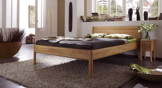 massivholzbett im schlichten design sasari. Black Bedroom Furniture Sets. Home Design Ideas