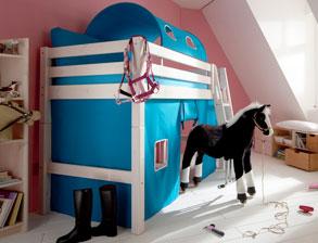 Kinderzimmer mit hochbett  Stabile Hochbetten für Kleinkinder im Kinderzimmer | BETTEN.de