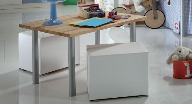 Mini Hochbett Bastian mit passendem Schreibtisch