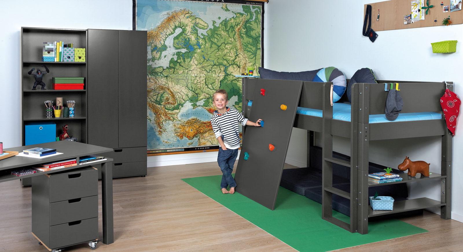 Kinderzimmer mit hochbett  Abenteuer-Kinderzimmer mit Hochbett & Kletterwand - Kids Town