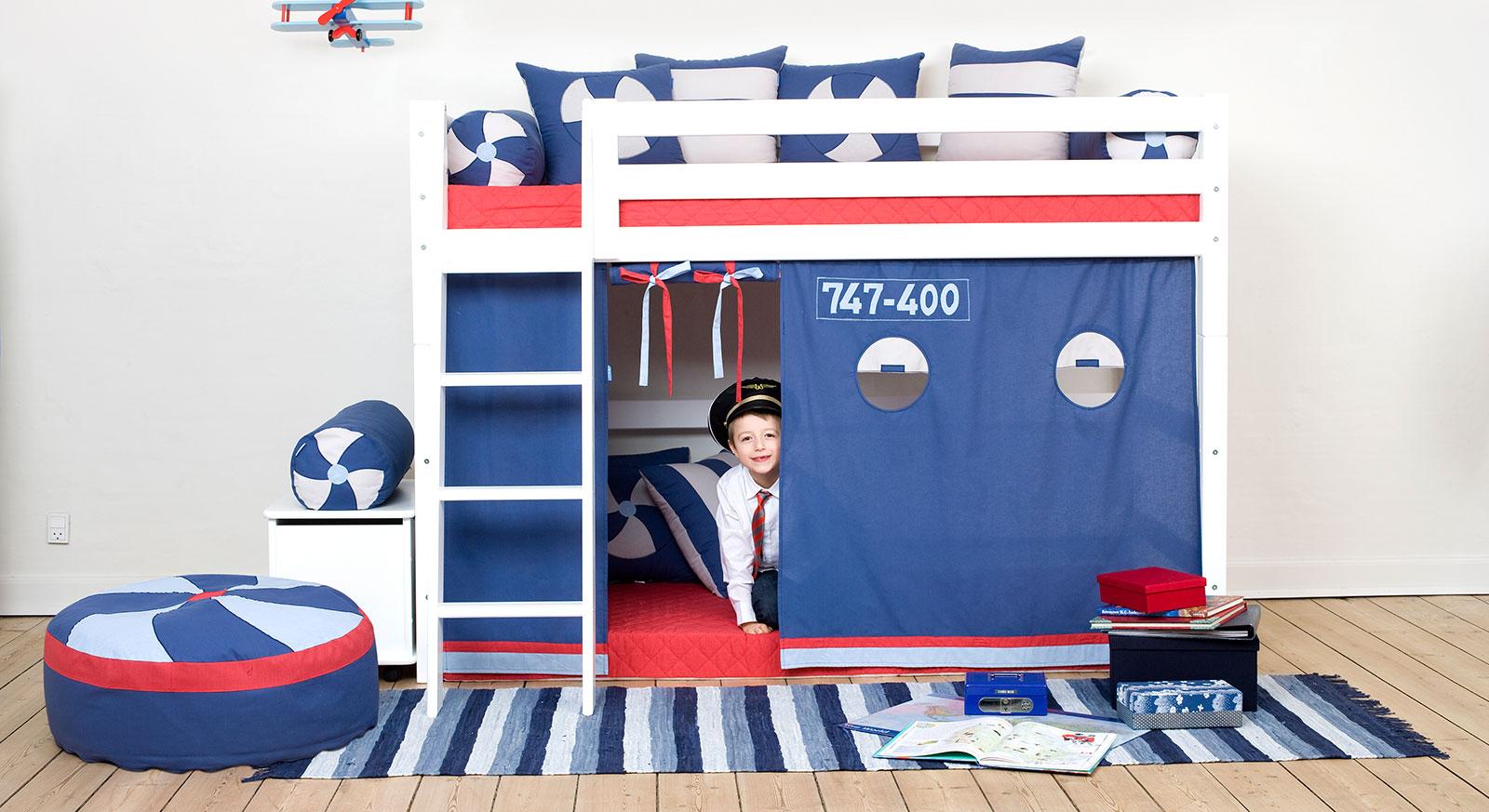 Mittelhohes Bett Kids Royalty in Weiß mit Vorhang Pilot