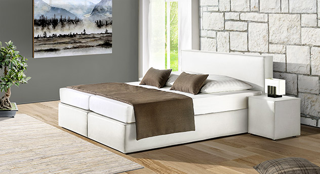 Modernes Boxspringbett Tolentino in weißem Kunstleder