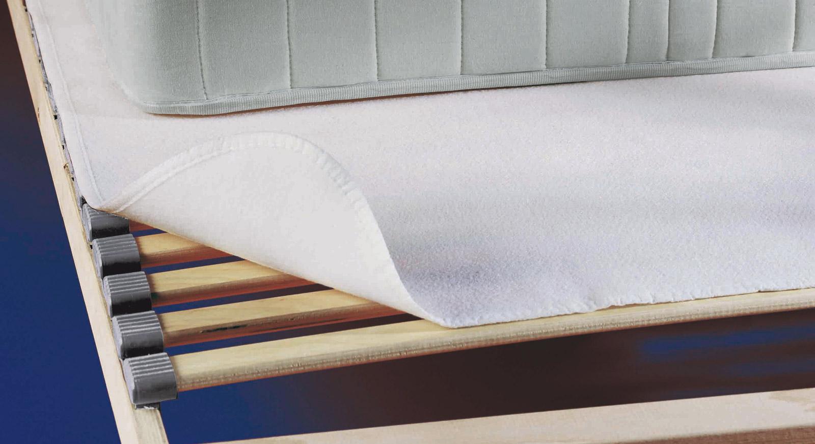 Waschbarer Matratzen-Schoner aus Nadelfilz