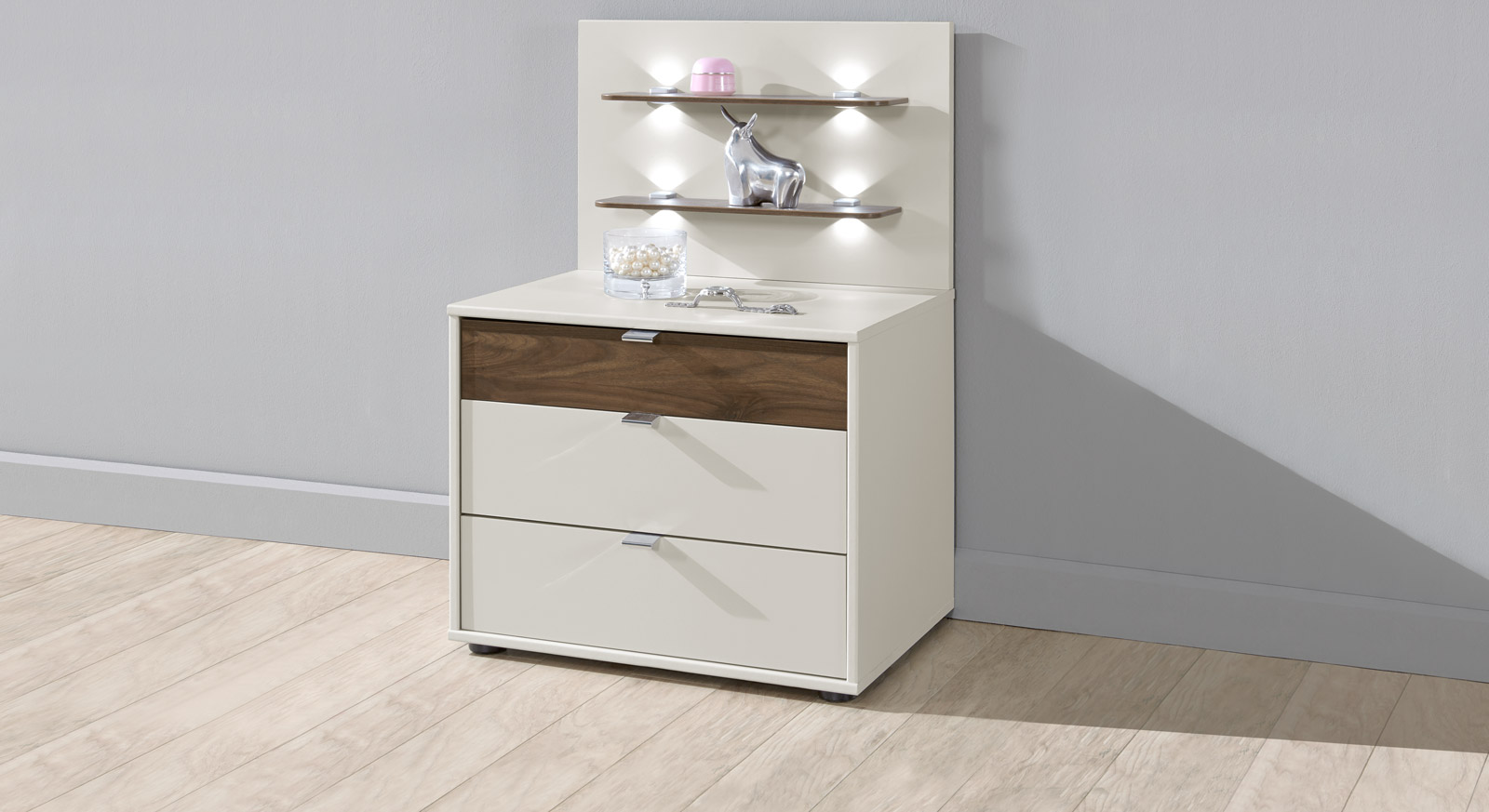 nachtschrank in creme und nussbaum mit modernem design akola. Black Bedroom Furniture Sets. Home Design Ideas
