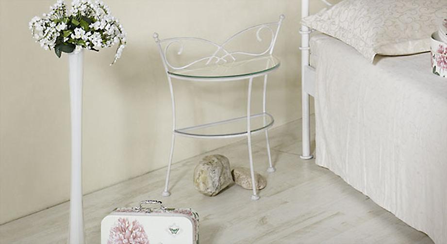 Nachttisch Amarete in Weiß, silber-gewischt