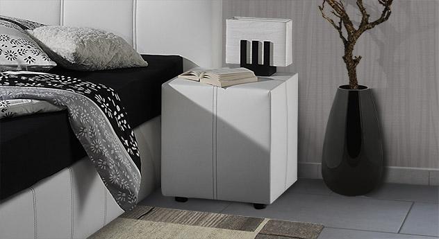 nachttisch aus kunstleder z b in wei mit ziernaht athen. Black Bedroom Furniture Sets. Home Design Ideas