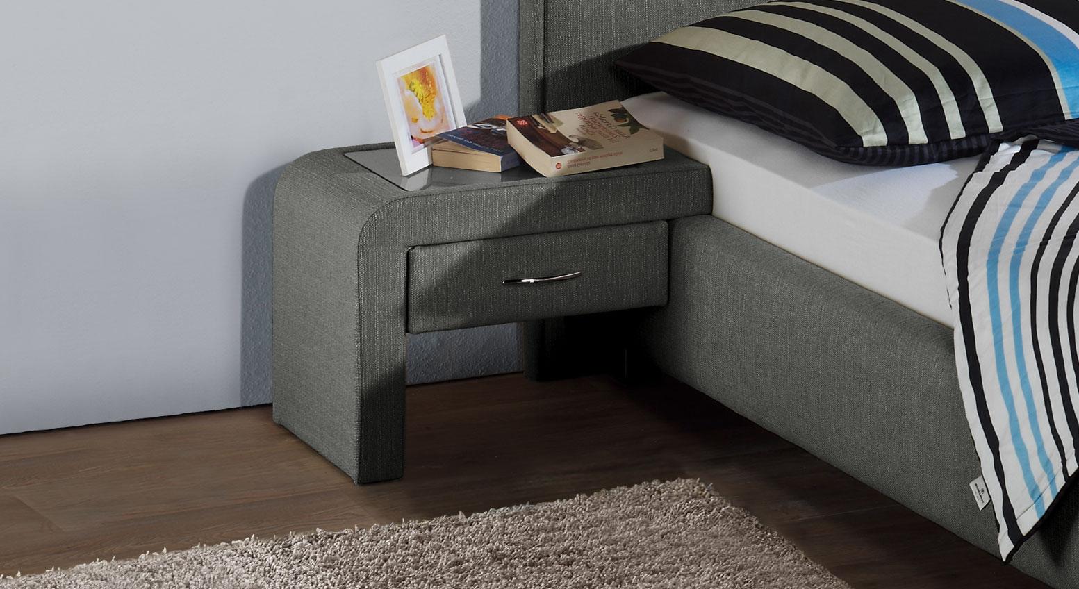 schubladen nachttisch zum einh ngen am bett el coco. Black Bedroom Furniture Sets. Home Design Ideas