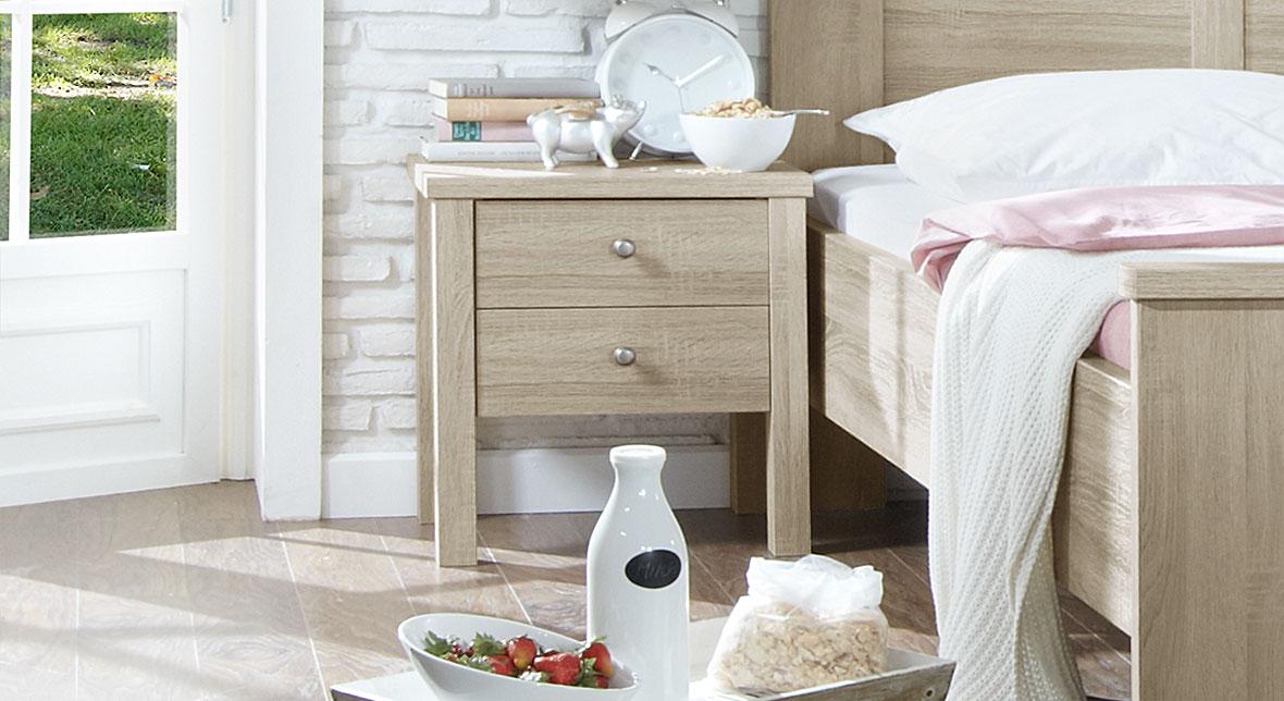 Nachttisch Farim in komfortabler Höhe