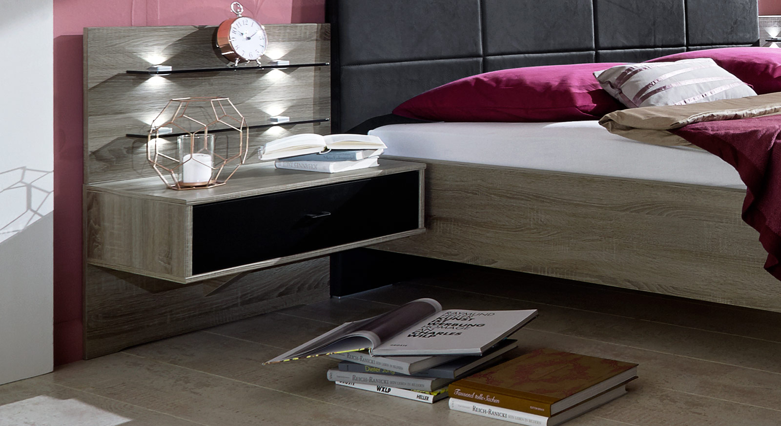 designer nachttisch aus glas gallery of designer. Black Bedroom Furniture Sets. Home Design Ideas