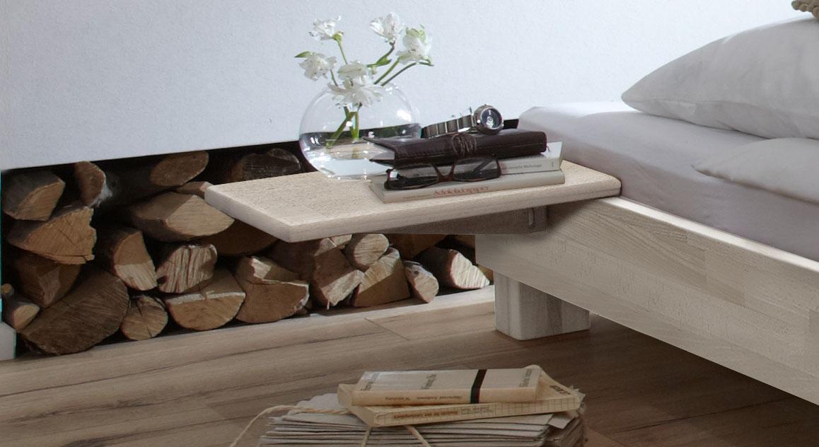 nachttisch zum einh ngen aus buche pamplona. Black Bedroom Furniture Sets. Home Design Ideas