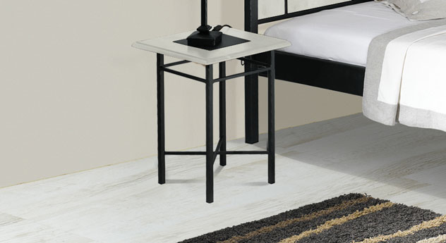 Nachttisch Pintana in weißer Eiche und Anthrazit-Silber