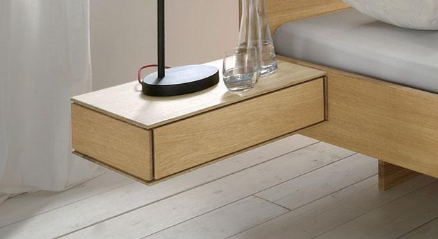nachttisch mit schublade aus massivholz rosso. Black Bedroom Furniture Sets. Home Design Ideas