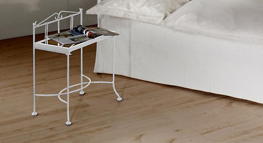 Nachttisch Vella in silber-gewischtem Weiß