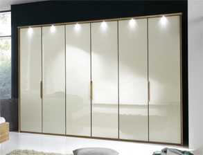 schrank z b 6 t rig mit glas faltt ren morley magnolie. Black Bedroom Furniture Sets. Home Design Ideas