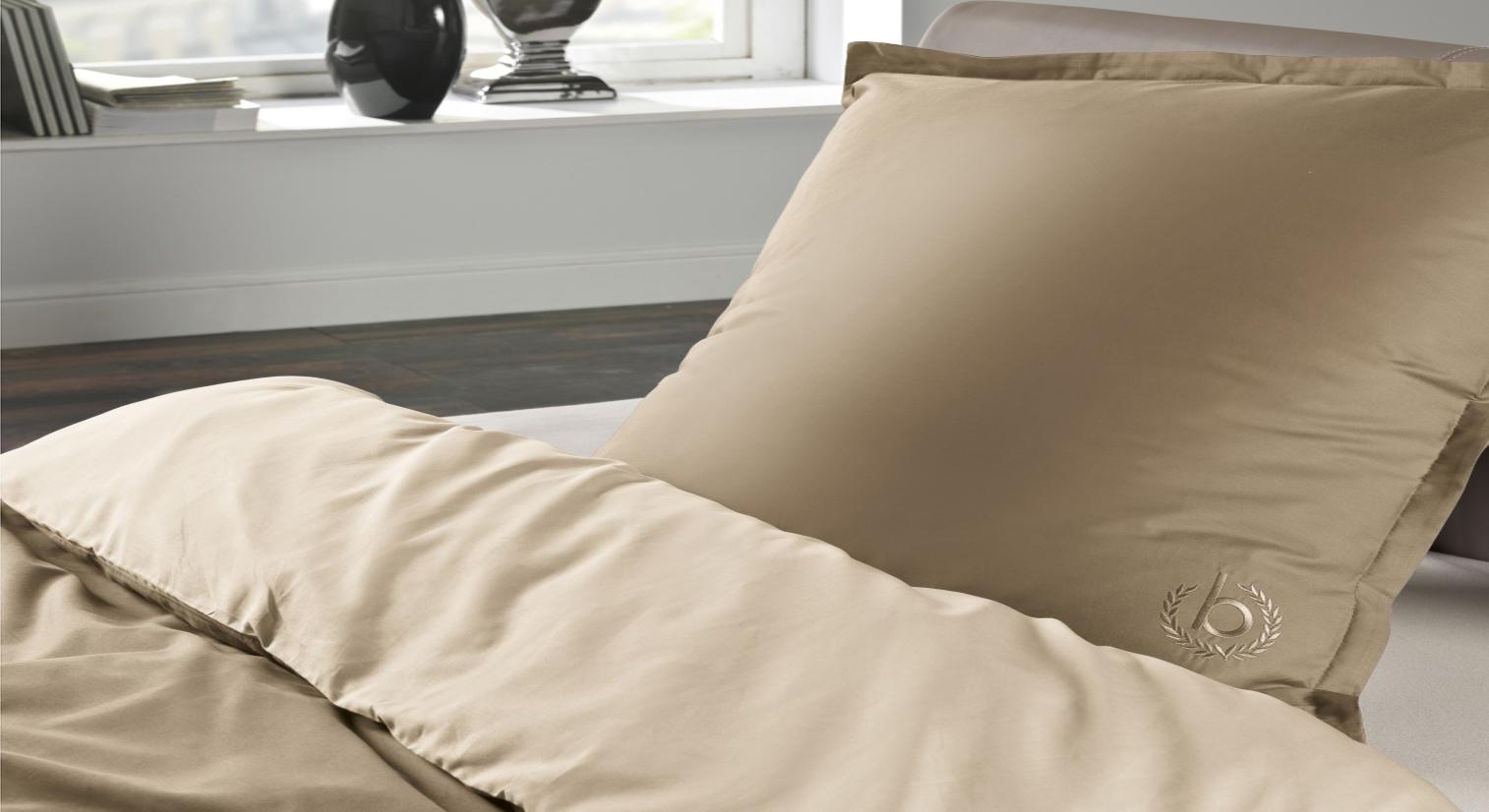 perkal bettw sche bugatti uni gold sch ne goldene gestaltung. Black Bedroom Furniture Sets. Home Design Ideas