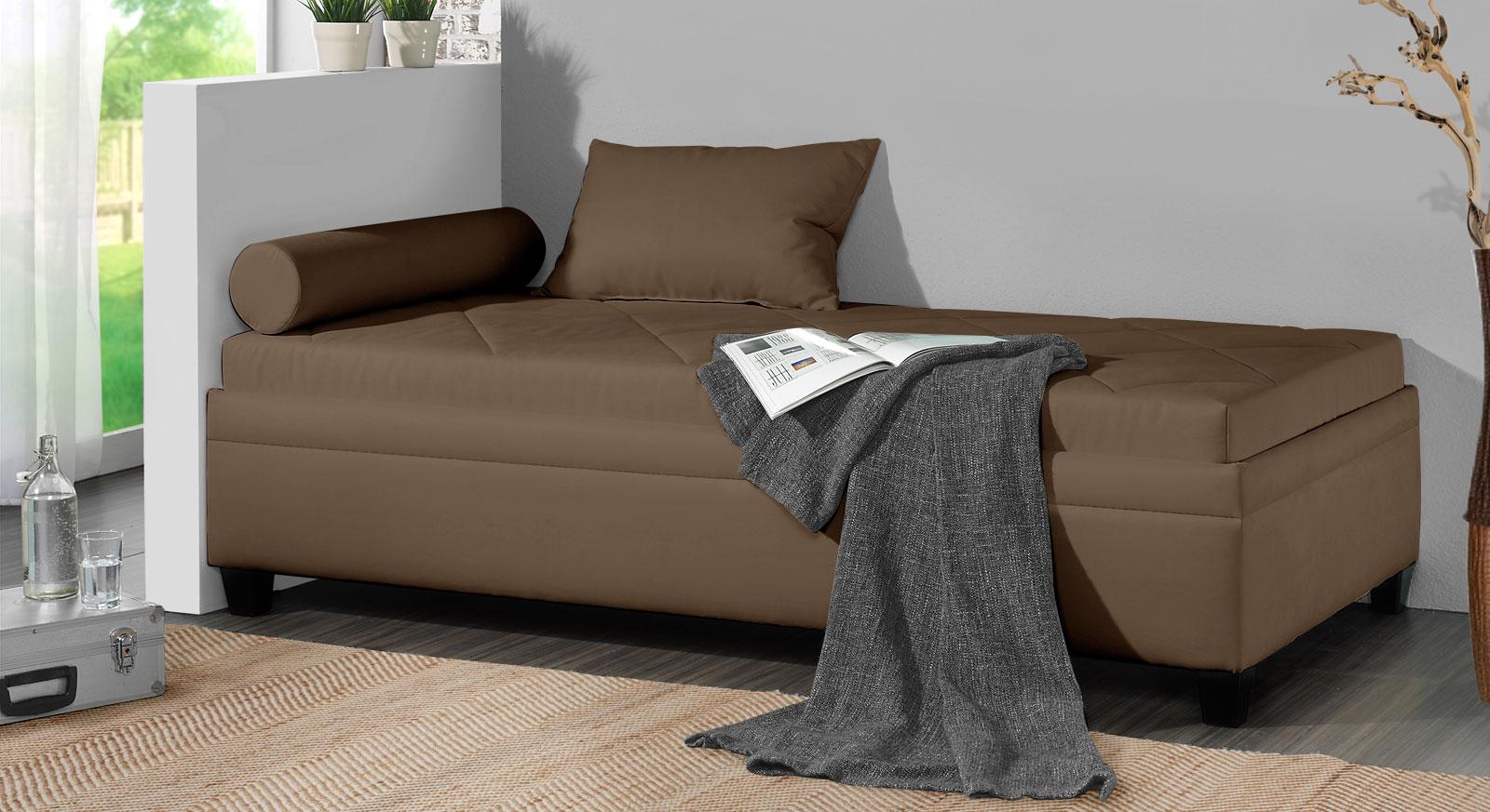relaxliege mit bettkasten in microvelours und holzf en. Black Bedroom Furniture Sets. Home Design Ideas