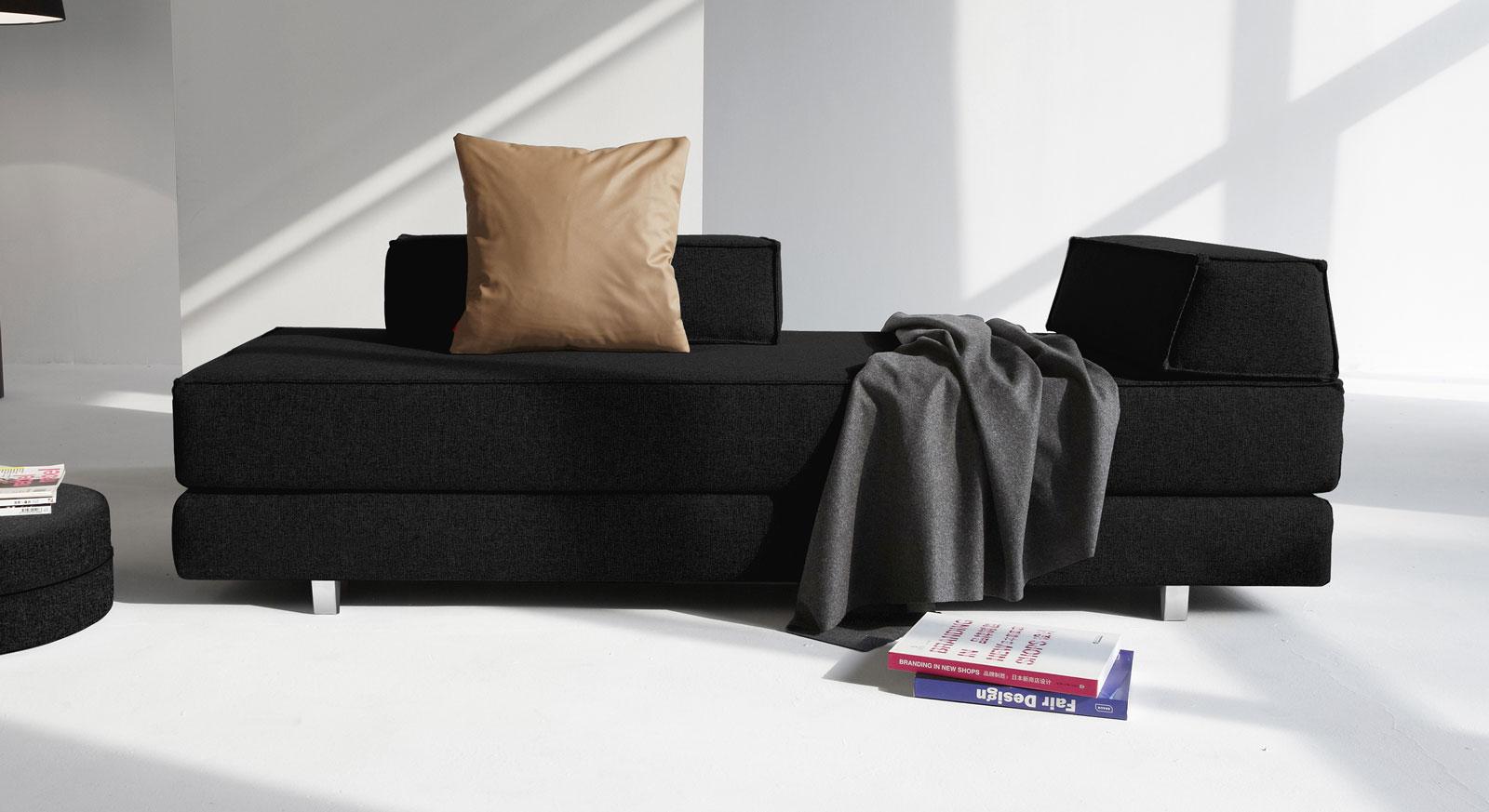 Relaxliege Swidown mit Stoff Flashtex in Schwarz und Aluminium-Füßen