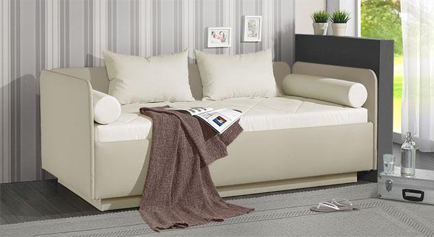 Schlafsofa Eriko in beigefarbenem Kunstleder und Microvelours in Creme