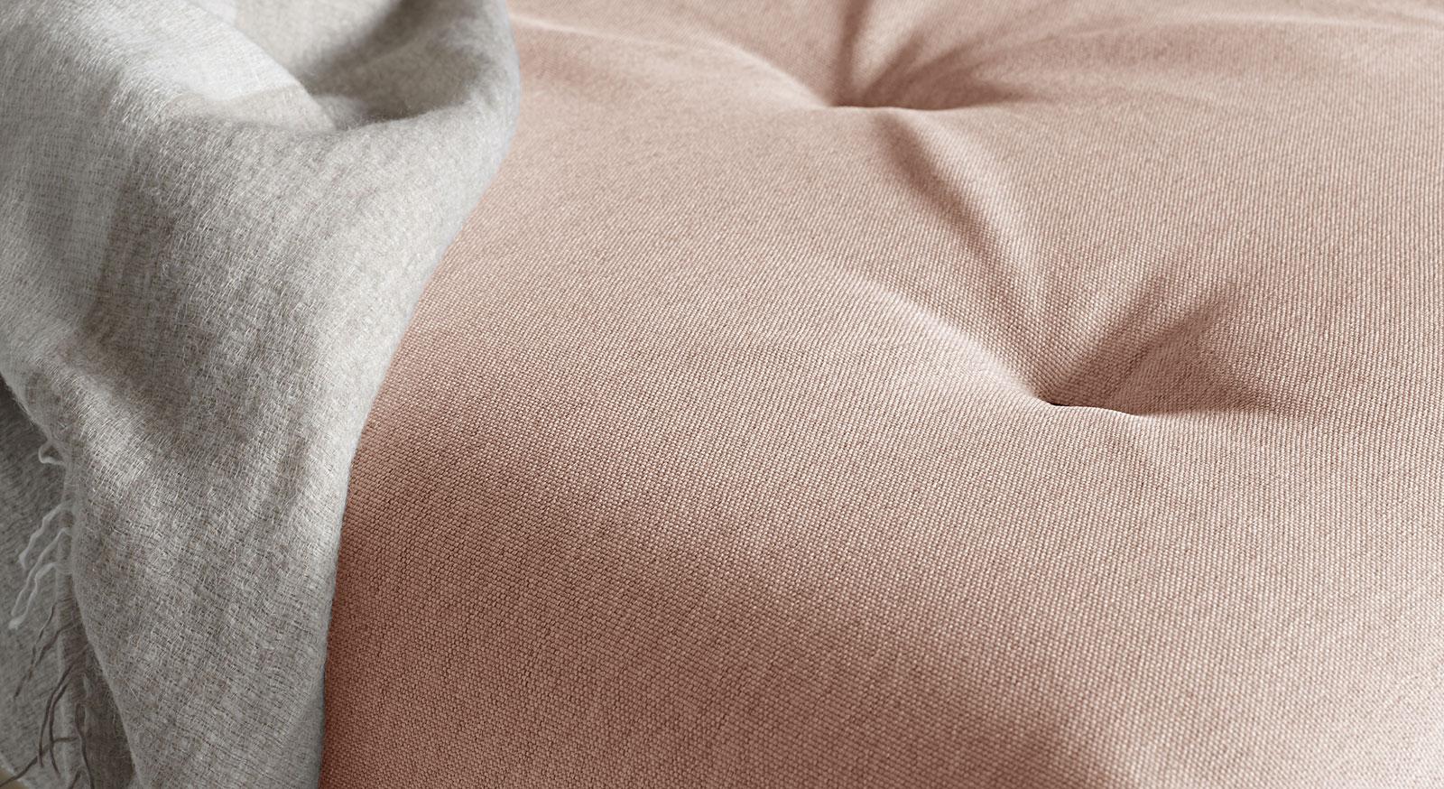 Schlafsofa Lamond mit schöner Steppung
