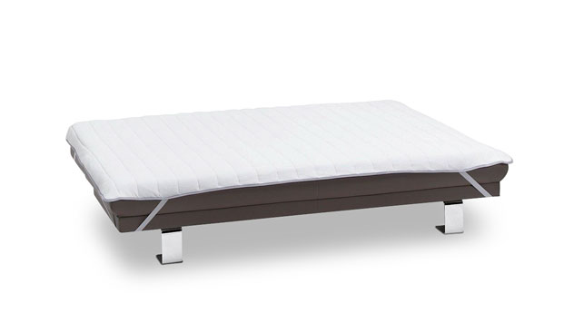 Schonauflage für Schlafsofas mit praktischen Eckspannern