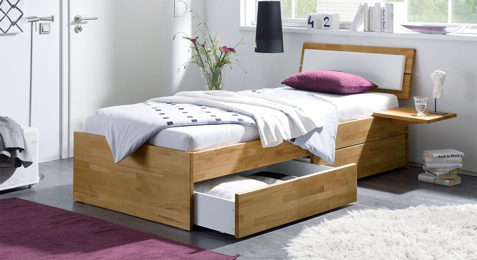 Einzelbett aus Holz mit Schubladen kaufen - Leova | BETTEN.de
