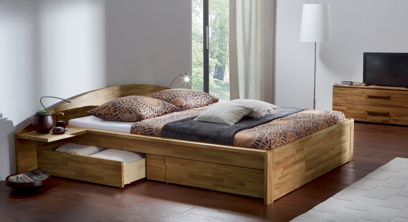 doppelbett mit stauraum aus kernbuche bett helsinki. Black Bedroom Furniture Sets. Home Design Ideas