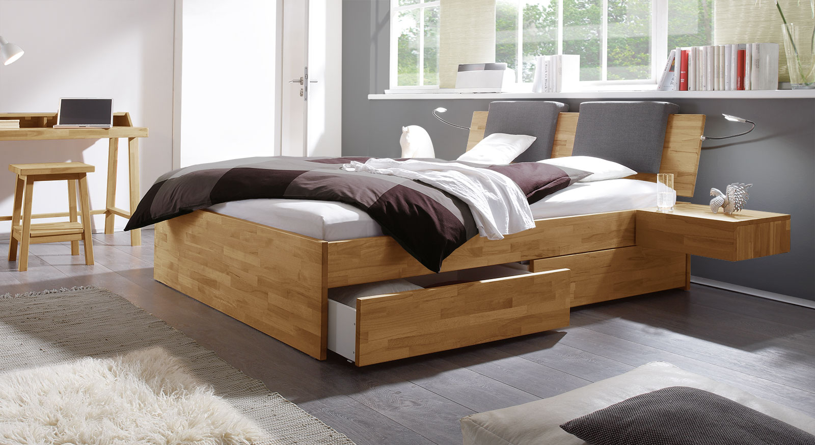 Schubkasten-Doppelbett Manchester mit Nachttisch in Kernbuche