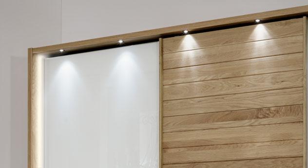 Schwebetüren-Kleiderschrank Koga mit Spot- und Stollenbeleuchtung