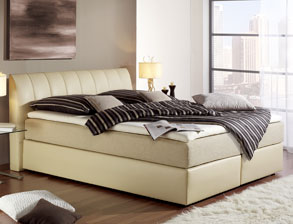 boxspringbetten bett im amerikanischem stil auf. Black Bedroom Furniture Sets. Home Design Ideas