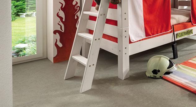 stockbett aus massiver kiefer umbaubar kids dreams. Black Bedroom Furniture Sets. Home Design Ideas