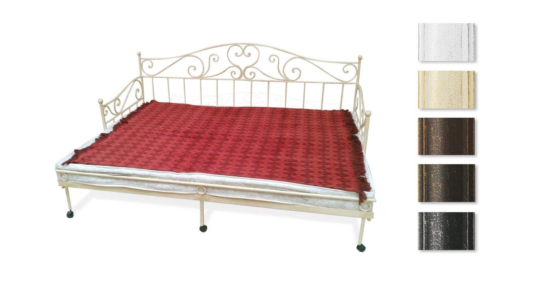 Ausgezogenes Tagesbett mit großer Liegefläche