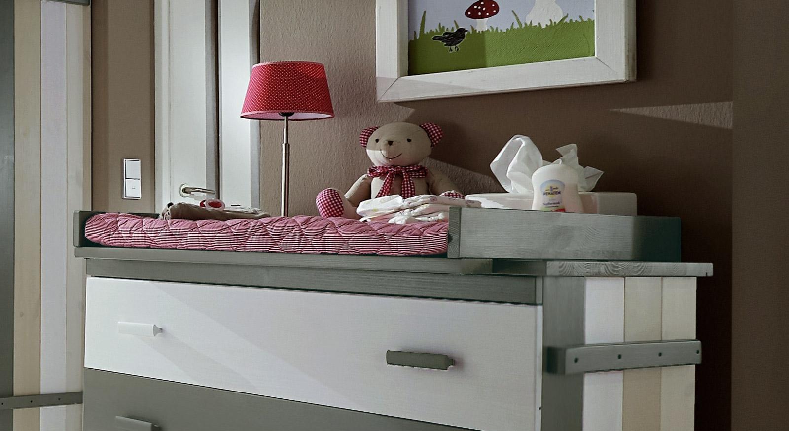 Breite Wickelkommode Laubh 252 Tte F 252 Rs Kinderzimmer Mit Auflage